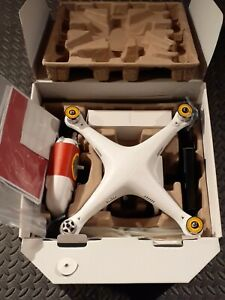 DJI Phantom 2 2.4G V2.0 with Zenmuse H4-3D Gimbal BRAND NEW