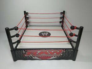WWE RAW WRESTLING RING WWF Spring Loaded Playset Ring -2010 MATTEL