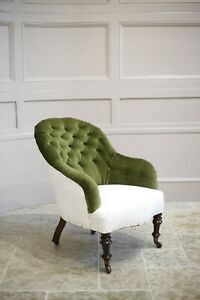 Early Victorian buttoned back country house armchair