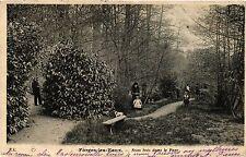 CPA Forges les Eaux, Sous bois dans le Parc (347605)