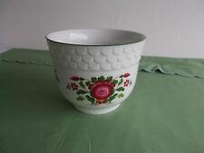 Runde Deko-Blumentöpfe aus Porzellan fürs Wohnzimmer
