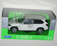 Welly - BMW X5 (White) Die Cast Model - Scale 1:24