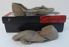 Capezio Jazz Shoes 358 Split Sole Leather Adult Size 3 W (Wide) Tan New In Box
