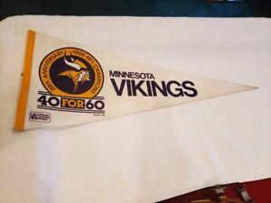 VINTAGE&RARE Minnesota Vikings 1969 40 for 60 20th Ann Pennant, Joe Kapp, NICE!