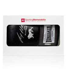 Ricky Hatton Signed Autograph Boxing Glove Black Lonsdale - Gift Box