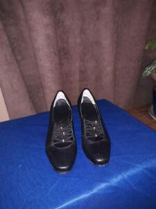Vintage Clarks Artizan Wedge Heel Court Shoes Size UK 3.1/2 Black