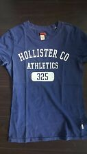 Hollister Women's Navy Fitted T-Shirt Betty Size M! Good condition! Super soft