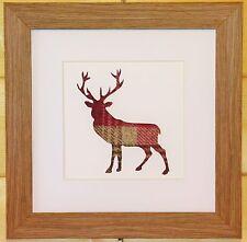 Scottish Art Stag Deer encadrée Photo avec eyecatching rouge/Tissu Rose