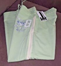 NWT! Girl's /juniors l.e.i. Summer Capri pants sz M green pistachio color