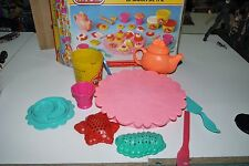 1991 VINTAGE PLAY-DOH TEA PARTY SALON DE THE KENNER USED INCOMPLETE BOXED