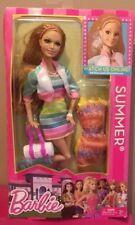 Barbie Life in the Dreamhouse Summer Poupée avec Vêtements (Y7438)