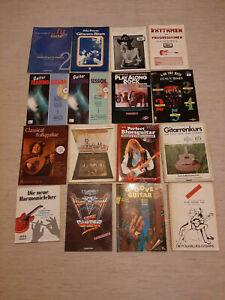 16x Gitarrenbücher und Hefte, zum Teil sehr alt, Tabulatur und Noten, gebraucht.