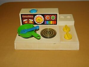 VINTAGE PLAY COOKING TOY 1978 FISHER PRICE KITCHEN STOVE COOK TOP