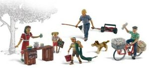 Woodland Scenics HO Scale Scenic Accents Figures/People Set Summertime Jobs