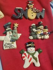 Lot of 4 snowman brooches