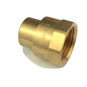 """Center CB End Feed Female Iron Adapter Coupling 15 mm x 1/2"""". Pack of 25."""