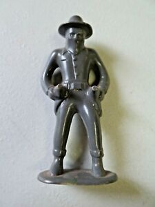 Vtg. Bandit From Hopalong Cassidy? Double Drawn Six Shooters Plastic Toy Figure