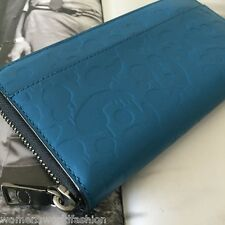 NWT Coach Men Blue Embossed Wild Beast Leather Accordion Zip Wallet Clutch 75131