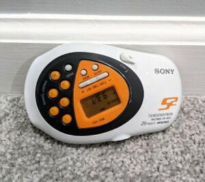 Sony S2 Sports Radio TV Weather FM/AM Walkman SRF-M80V w Belt Clip TESTED