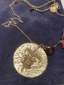 Kendra Scott Vintage Fleur de-lis circle  Pendant Necklace.