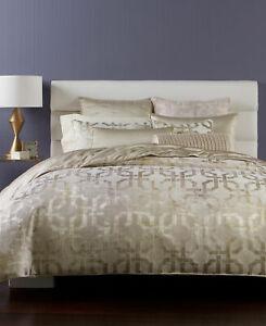 Hotel Collection Fresco Cream/Gold Woven Jacquard Geometric Comforter Full/Queen