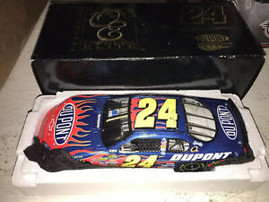 2007 1:24 JEFF GORDON #24 DUPONT ELITE