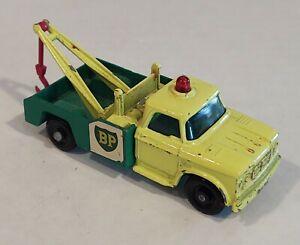 13-D2 VGC Dodge Wreck Truck BP Lesney Matchbox circa '65