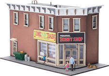 NEW Menards O Gauge Lionel Hobby Shop Lighted Limited Edition building