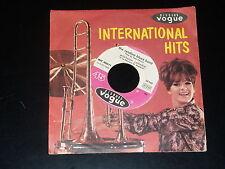 45 tours SP -  JACQUES DUTRONC - LES PLAY BOYS - JUKE BOX - 1966