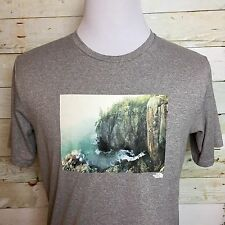 The North Face Men's Screen Print Tee T- Shirt Mountain Rock Climbing Size M