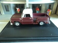 Oxford 1965 CHEVROLET STEPSIDE PICKUP Maroon and White  1/87  HO diecast car GM