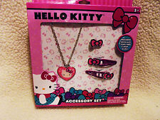 HELLO KITTY LITTLE GIRLS JEWELRY ACCESSORY SET...NECKLACE, RING & 2 CLIPS...NEW