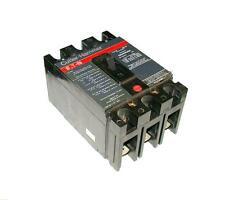 CUTLER-HAMMER CIRCUIT BREAKER 30 AMP 3-POLE 480 VAC W/O LUGS MODEL FS340030A