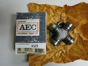 NOS AEC UNIVERSAL JOINT 429 FITS FORD INT LINCOLN MERCURY