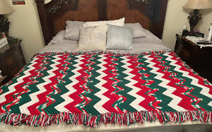Vintage Christmas Green Red White Afghan Fringe 4' X 6' Twin Size