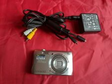 Nikon Coolpix S3700 20.1 MP Camera - SILVER EXCELLENT With 64 Gb Card