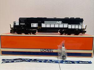 Lionel 6-18266 Norfolk & Southern SD-60 Diesel Locomotive