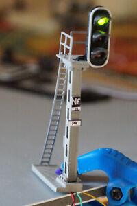 SIGNAL 3 FEUX HO-Monté,Câblé avec résistance - prêt à installer sur votre réseau