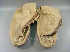 95564, Wehrmacht Paar Überschuhe aus Leinen mit Ledersohlen, Schuhe, WaA Stempel