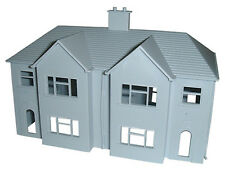 Dapol C057 - Semi Detached House -00 Gauge = 1/76 Scale New Plastic Kit T48 Post