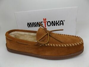 Minnetonka 3902 Mens Pile Lined Hardsole Brown Moccasin Slippers Size 13.0 M,