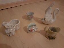 Konklomerat  5 kleine Übertöpfe, Gefäße,;Schwan, Elefant, Krug, Vase, Behälter
