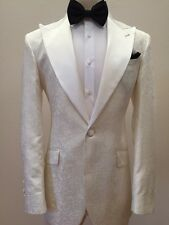 Off white/ivory color floral print luxury tuxedo with wide peak lapel-Italy