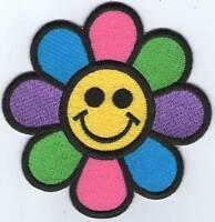 écusson ECUSSON PATCHE PATCH THERMOCOLLANT FLEUR SMILE DIAMETRE 7,5 CMS