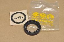 NOS New Suzuki 1981-88 RM125 1985-92 LT250 Crank Shaft Oil Seal 09289-28007