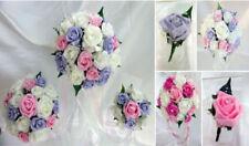 Fiori, petali e ghirlande bouquet verde per il matrimonio
