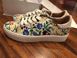 New Alice & Olivia Chelsea Wildflower Painted Napa Sneaker sz 40 US 10
