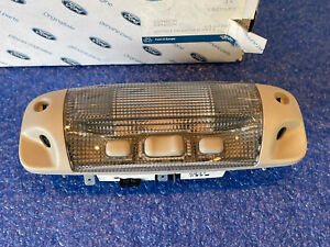 NEW GENUINE FORD FOCUS / C-MAX INTERIOR LAMP / LIGHT # 6M5A-15K609-EB # 1527683
