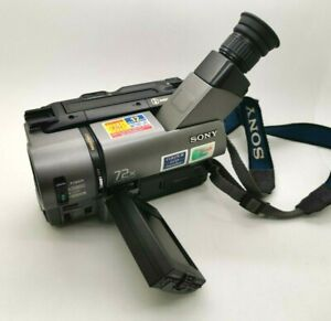 SONY Handycam Vision CCD-TRV35E PAL Video 8 XR SteadyShot Videocamera