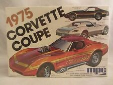 MPC  1975 Corvette Coupe  Model Kit  NIB  1:25 scale  (317H)  1-7505